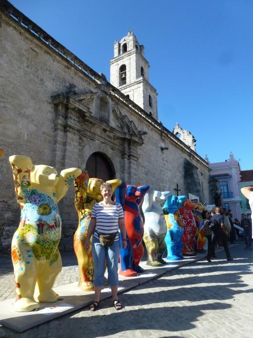 ... United Buddy Bears und wirbt für das gegenseitige Kennenlernen