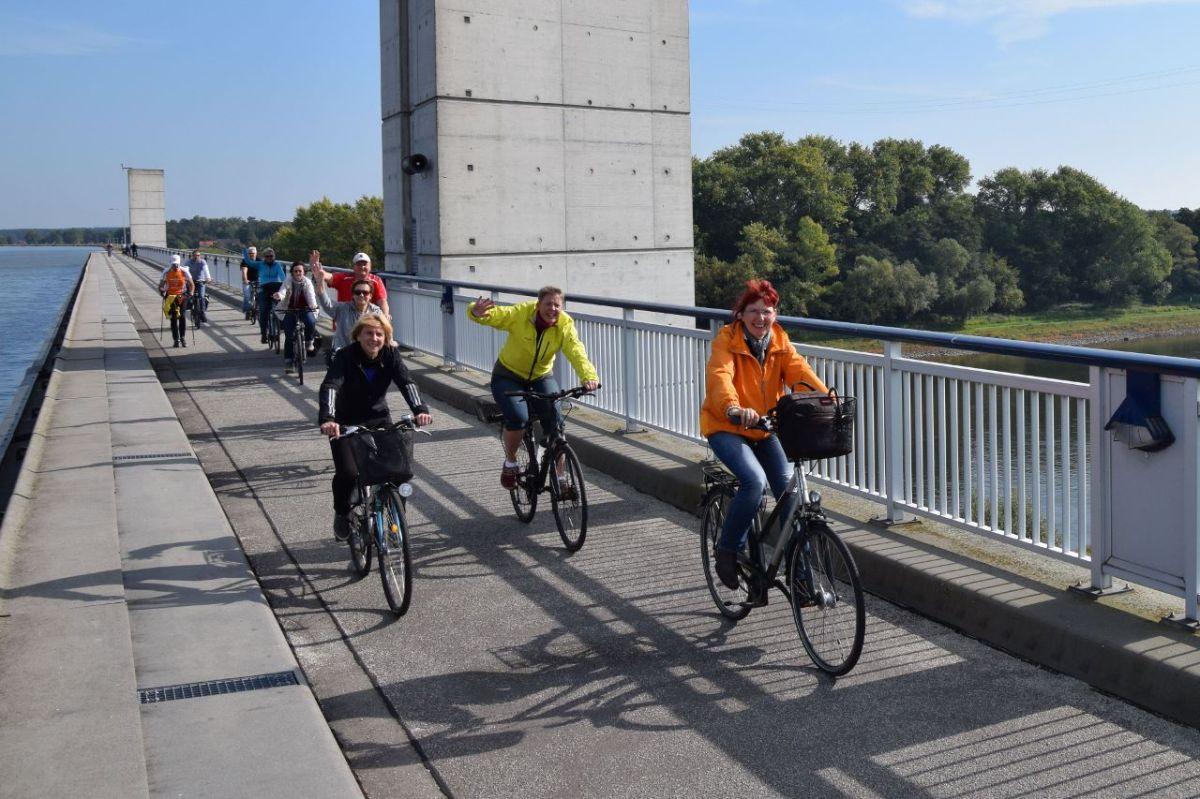 Eine Einheitsfeiertagsradtour mitKormoran
