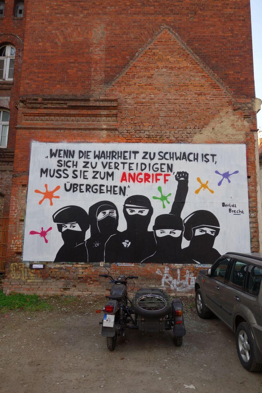 Brecht (853x1280)