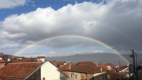 Regenbogen über Vevčani
